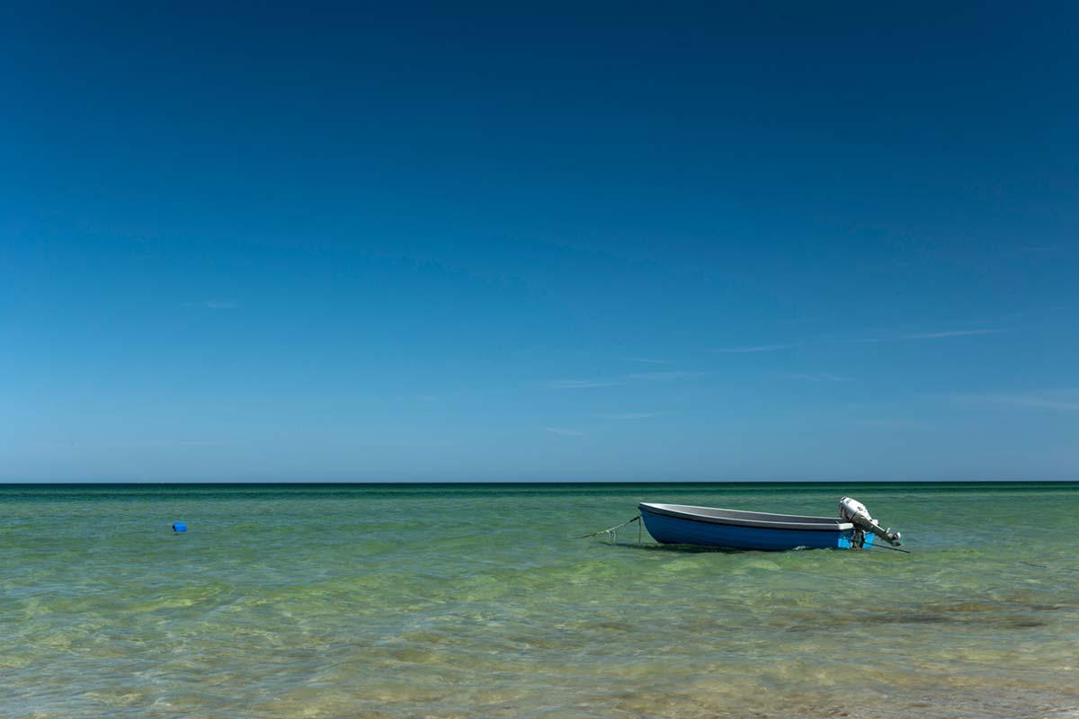 Boot am Strand von Prerow (Darß)